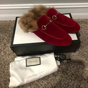 Gucci Velvet Red Mules with Fur